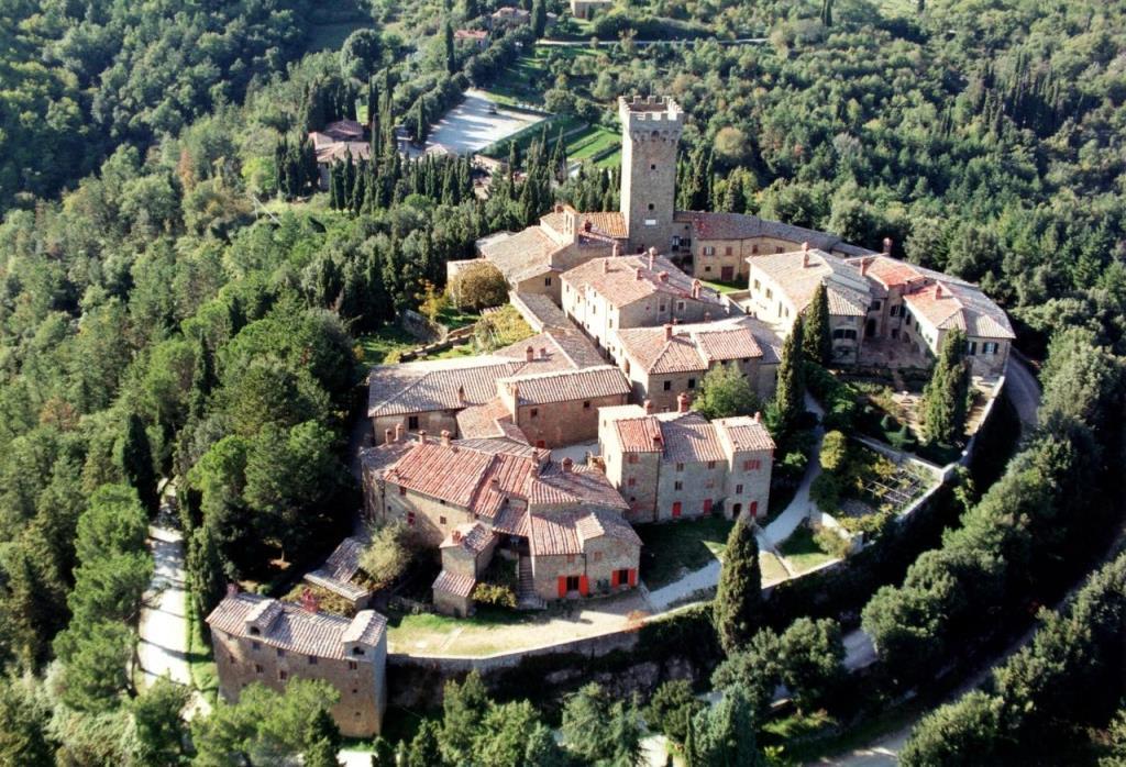 alberghi diffusi toscana castello gargonza
