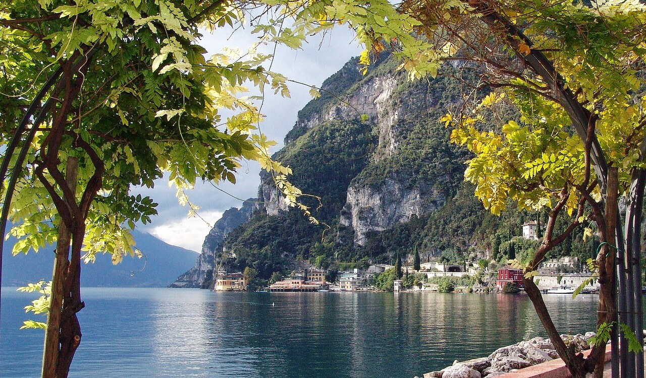 hotel romantici sul lago di garda