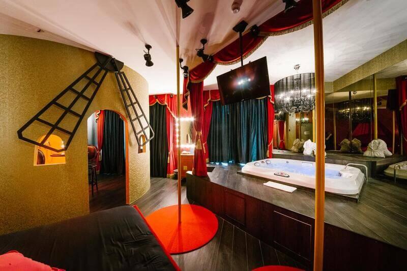 hotel con jacuzzi in camera in italia