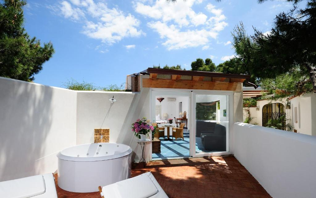 hotel vasca idromassaggio in camera in sicilia